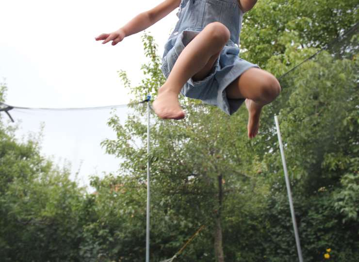 What you should know before you buy a trampoline